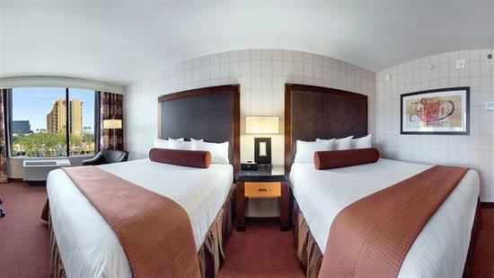 red lion hotel anaheim resort anaheim. Black Bedroom Furniture Sets. Home Design Ideas