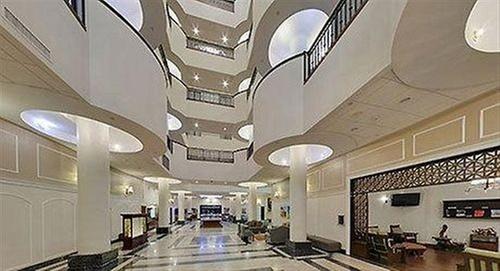 Wyndham Garden Hotel Baronne Plaza New Orleans