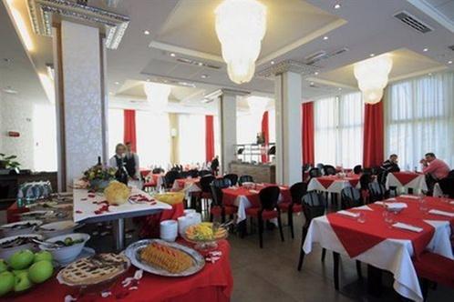Hotel cosmopolitan bologna bologna for Hotel vicino unipol arena bologna