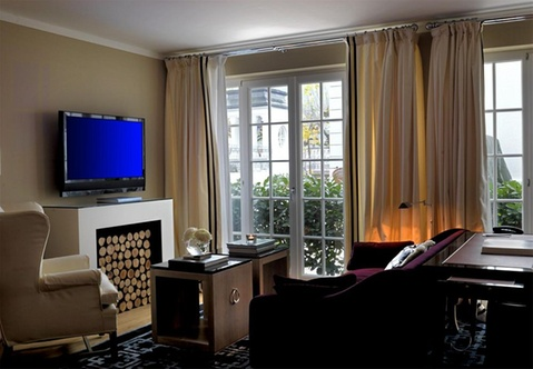 Boutique hotel heidelberg suites small luxury hotels for Small luxury hotel group