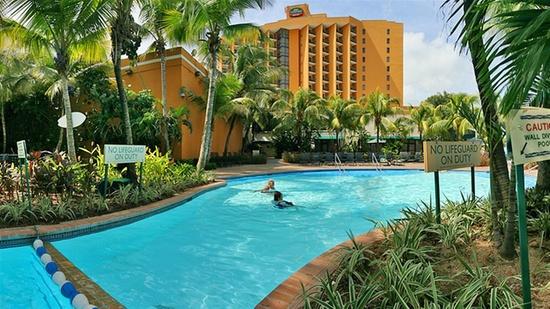 Courtyard by Marriott Isla Verde Beach Resort | Carolina