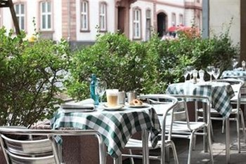 Hotel Frankfurt Jahrhunderthalle