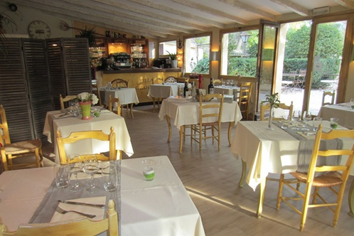 H tel villa glanum saint r my de provence for Sport 2000 salon de provence