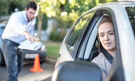 Curso teórico del permiso de coche B con 5, 10 o 12 clases prácticas desde 29,99 € en Autoescuela El Primer Paso