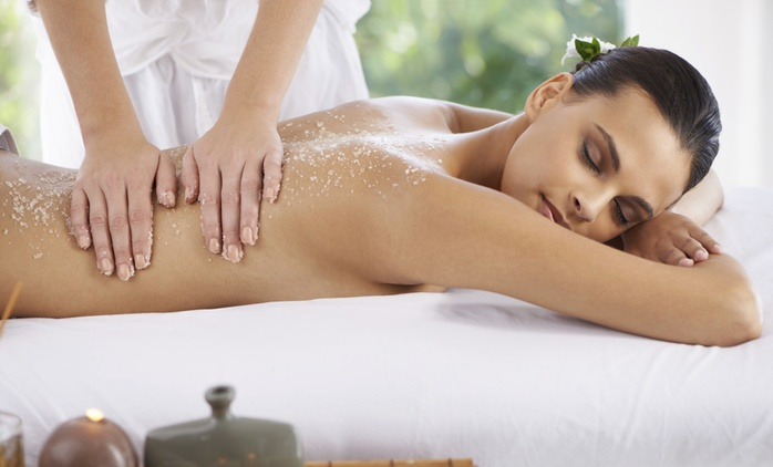 One-Hour Full-Body Holistic Massage at Tranquil Heaven