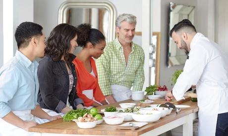 Menú para 2, 4 o 6 personas a elegir Showcooking del chef y menú a domicilio con Chef Julio Coca