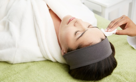 60-Minute Qi or Acne Facial with 30-Minute Infrared Sauna Session at Qi Spa (Up to 50% Off)