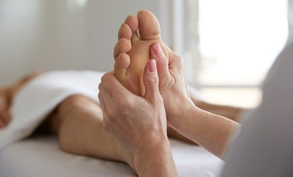 $16 for 30-Minute <strong>Foot</strong> Reflexology Session at Silk Touch <strong>Massage</strong> Spa ($29 Value)