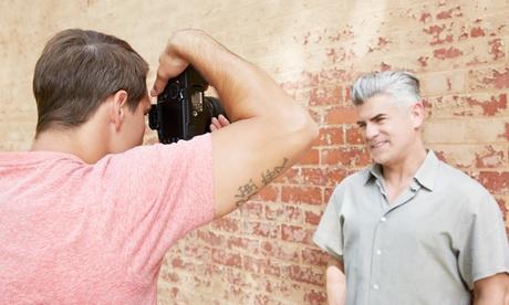 Sesión de fotos de 1h con 70 o 90 fotos sin retocar y hasta 10 retocadas e impresas desde 19,90 € en Alessio Photography