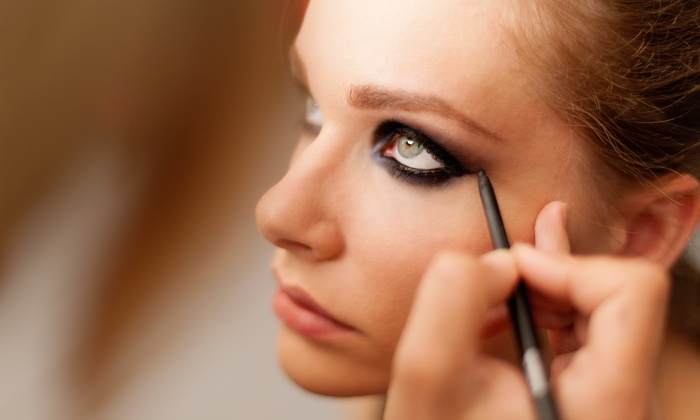 Natural Elements - North Side: $45 for Eyebrow Shaping and Smoky-Eye Makeup Application at Natural Elements ($58 Value)