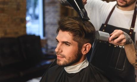 Pacchetto hairstyling per uomo, con trattamento alle sopracciglia ed anticaduta, al salone Hair Style & Beauty