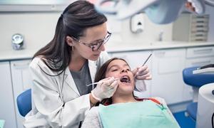 Studio Dentistico Cazzola Dott. Paolo: Visita odontoiatrica, pulizia denti, smacchiamento air flow e sbiancamento led in studio dentistico (sconto fino a 81%)