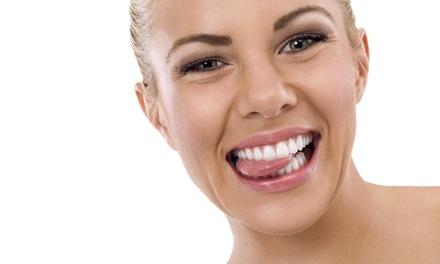 1, 2 o 4 limpiezas dentales con fluorización, revisión, diagnóstico y radiografía desde 12,90 € en Lasaroca Dental