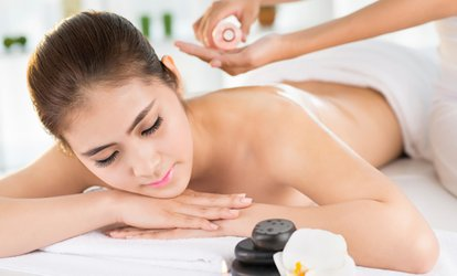 C$38 for a Detox <strong>Deep-Tissue Massage</strong> with Oils and Hot Stones at Hue Spa Detox Clinic (C$80 Value)