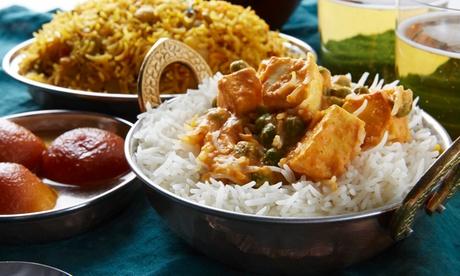 Menú para 2 o 4 con aperitivo, entrantes, principales, acompañamientos, postre y bebida desde 19,95 € en Bombay Delight