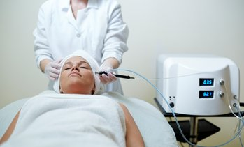 Up to 61% Off Microdermabrasion Treatment at Deelux Spa