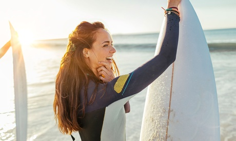 Bautismo de 2 horas de surf para 2 o 4 personas desde 34,90 € en Global Kite