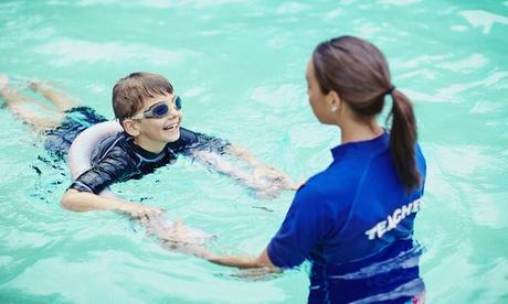 1 o 3 meses de clases de matronatación y natación desde 24,95 € en Menudos Delfines, 3 ubicaciones Oferta en Groupon