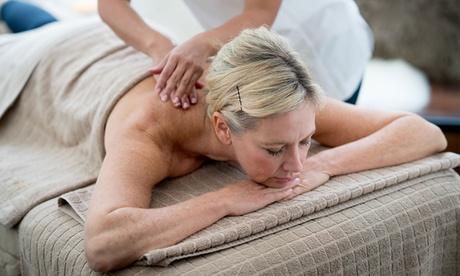 1, 3 o 5 masajes a elegir de 60 minutos para 1 persona desde 16,95 € en Clínica Los Remedios