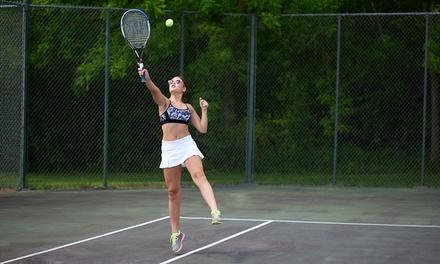 Actividades deportivas a elegir entre pádel, partido, tenis entre otros desde 35,99 € en Manolo Santana Racquets Club