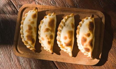 6, 12 o 18 empanadas argentinas en Prieto Empanadas Bcn (hasta 48% de descuento)