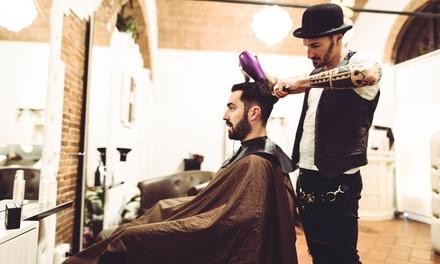 2 sesiones de peluquería para hombre con corte, lavado y opción a tratamiento capilar desde 9,90 € en Vanity Plas
