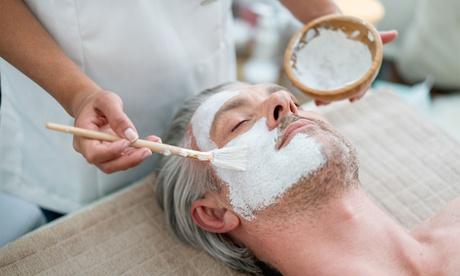 Limpieza facial para hombre con opción a masaje kobido, tratamiento de colágeno y masaje desde 9,95 € en Umas