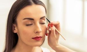 Koko Nail Cafe: 3 o 5 sedute di make up con primer e contouring viso al Koko Nail Cafe (sconto 67%)