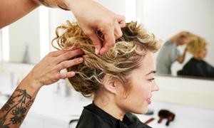 Friseur Spa Glamour Italiano: Waschen, Schneiden, Föhnen und optional Färben bei Friseur & Spa Glamour Italiano (bis zu 74% sparen*)
