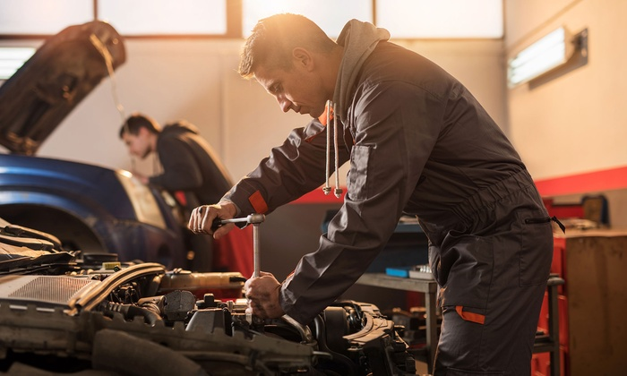Dantur Motor - Dantur Motor: Cambio de aceite y 1 o 4 filtros del coche con revisión pre-itv y diagnosis desde 39,95 € en Dantur Motor