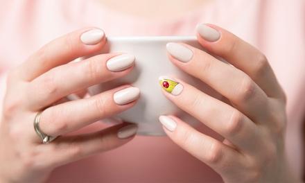 Manicure e pedicure con smalto a 9,90€euro