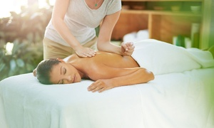 Gabinet Masażu Leczniczego: Godzina wybranego masażu całościowego za 47,99 złi więcej opcji w Gabinecie Masażu Leczniczego (do -34%)