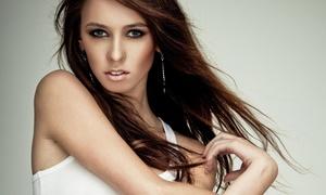 Parrucchiera per Signora: Pacchetto bellezza capelli con taglio e piega per una o 2 persone da Parrucchiera per Signora (sconto fino a 72%)