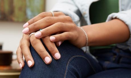 2 sesiones de manicura y/o pedicura en Jess Nails And Co (hasta 71% de descuento)