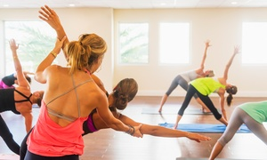 Scuola di Yoga Matangi di Bari: 5 o 10 lezioni di yoga integrale e meditazione da 60 minuti alla scuola di Yoga Matangi di Bari (sconto 80%)