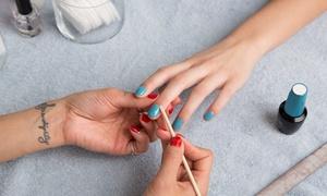 Esthetique Angelika: Aanbrengen va permanente nagellak of gelnagels met optioneel retouche vanaf € 7,99 € bij Angelika Esthétique