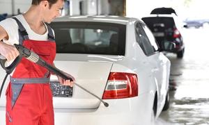 AUTOLAVAGGIO QUALITY: 3 lavaggi auto a mano per interni ed esterni di berline, SUV, monovolume da Autolavaggio Quality (sconto fino a 60%)