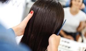 Salon Fryzjersko-Kosmetyczny Wyczesani: Strzyżenie damskie z modelowaniem za 39,99 zł i więcej w Salonie Fryzjersko-Kosmetycznym Wyczesani (do -50%)