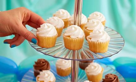 Catering dulce para 12 o 24 personas con 1 o 2 tartas de 2 kilos y 12 o 24 cupcakes desde 24,90 € en La Manobuena