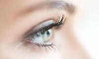 Wimpernverlängerung mit bis zu 100 Wimpern Naturel pro Auge, optional mit Refill, bei Haarjob (bis zu 75% sparen*)
