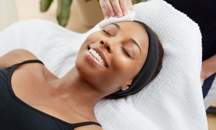 Hydrodermabrasion and Vitamin Infusion: 1 $39 or 3 Sessions $109 at Aesthetic Skin Centre Up to $450 Value