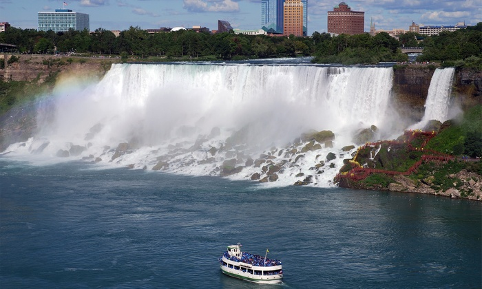 Hotel in Niagara Falls with Dining and Entertainment Credits