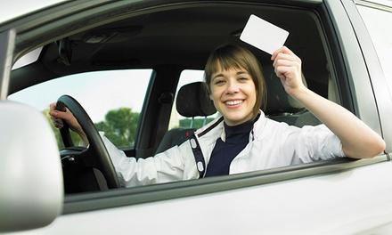 Curso para obtener el carné de coche tipo B con 5 o 8 prácticas en Autoescuela Signes (hasta 88% de descuento)