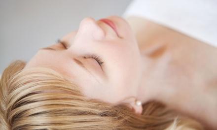 Rejuvenecimiento facial con 10, 20 o 30 hilos y opción a mesoterapia inyectada desde 99 € con Doctor Alfredo Belzuzarri