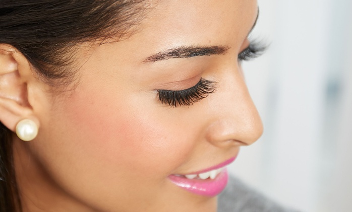 Infill or Full Set of Semi Permanent Eyelash Extensions at Beauty On The Go