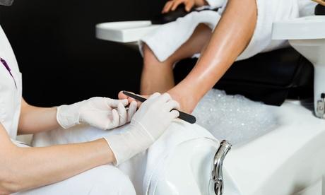 Bis zu 50 Min. kosmetische Fußpflege, opt. und Fuß-Massage, bei Kosmetik Praxis Zeitlos Schön