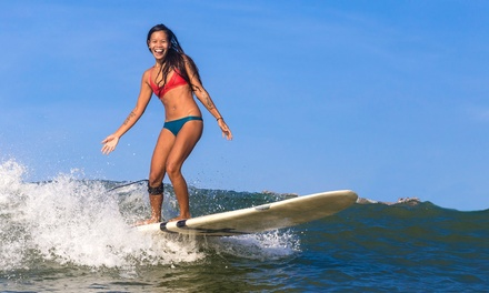 Bautismo de surf para 1, 2 o 4 personas desde 19 € en Maresme Waves