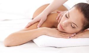 CRISTAL ESTETICA: Fino a 5 massaggi a scelta da 60 minuti da Cristal Estetica (sconto fino a 82%)