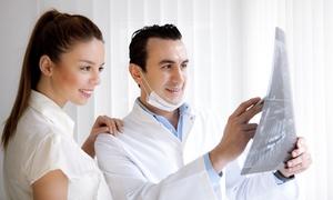 Centro Dentale S.A.S. Di Patron Fabrizio & C.: Uno o 2 impianti dentali con garanzia a vita più smacchiamento e controllo al Centro Dentale (sconto fino a 68%)