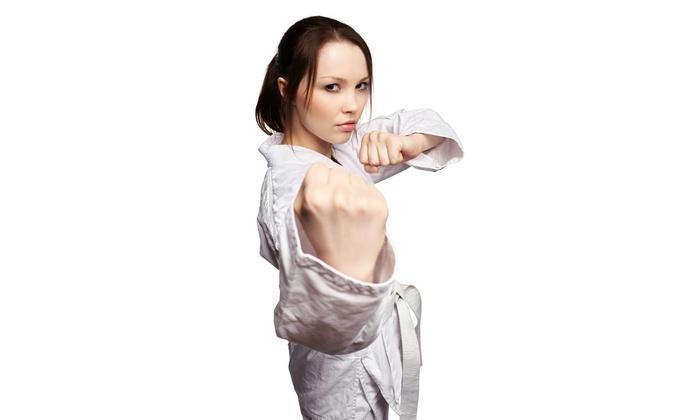 Acqua e Fuoco - Più sedi: 1 o 3 mesi di Tai Chi, Kung Fu o M.M.A. per una o 2 persone da Acqua e Fuoco (sconto fino a 91%). Valido in 2 sedi